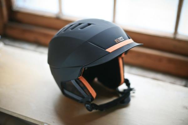 Scott Symbol Helmet on table