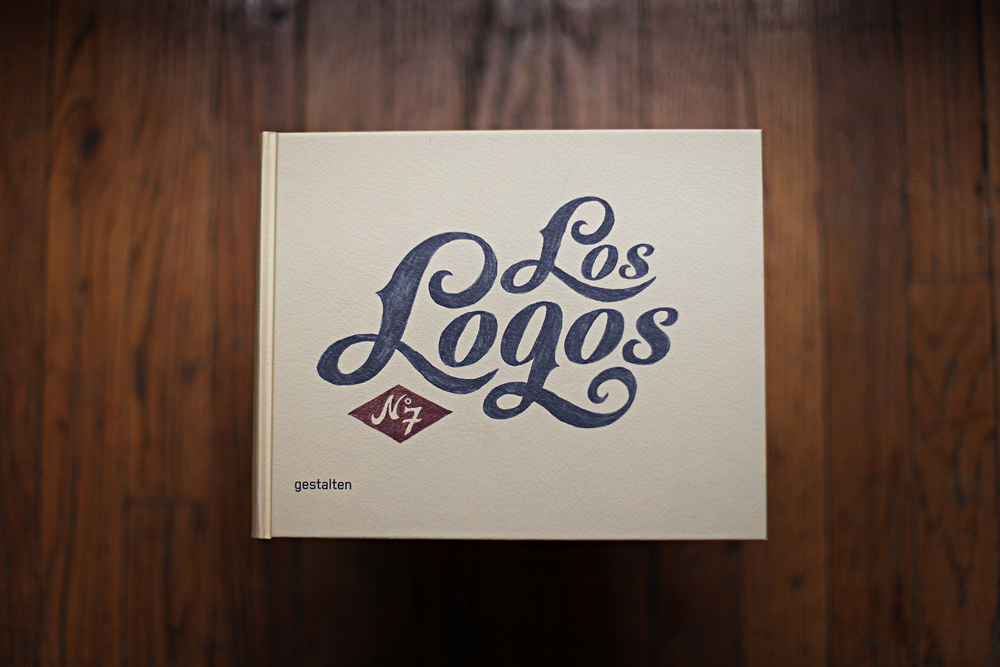los logos on box