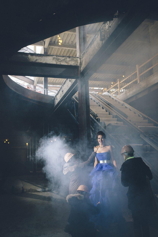 Jadde Tenholder in blue dress